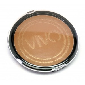 Giant bronzer vivo
